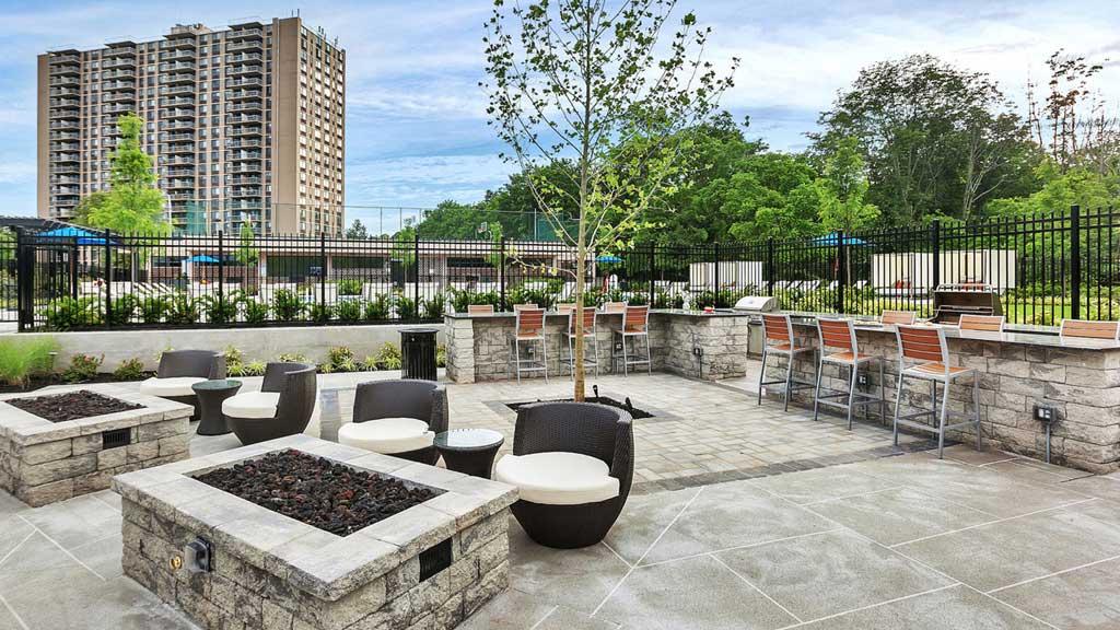 Harrison New Brunswick, NJ outdoor courtyard