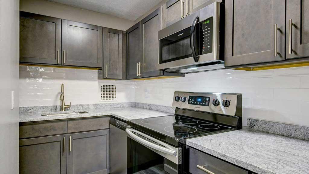 Harrison New Brunswick, NJ apartment kitchen